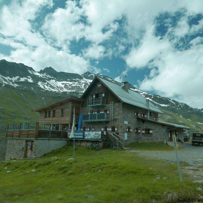 Die erste Hütte der Tour.