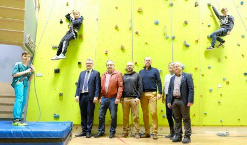 Artikelbild zu Artikel Erfolgreiche Eröffnung der Kletterhalle